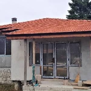 Продава Къща с. Бенковски…