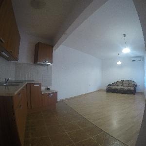 Продава 3-стаен апартамент,Левски
