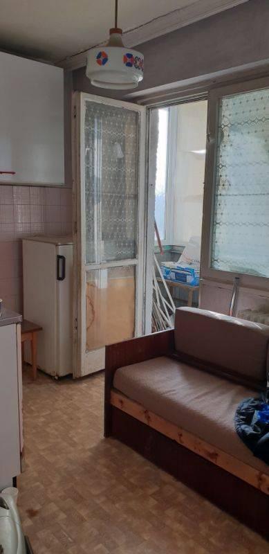Продава 3-стаен апартамент Младост