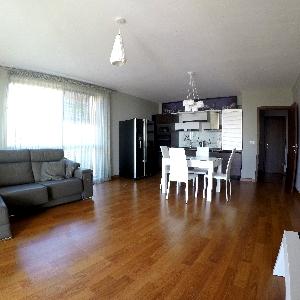 3-Стаен апартамент, Продава, Траката