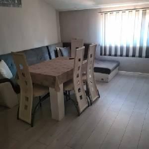Наеми 3-СТАЕН апартамент…