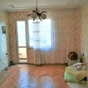 Продава 4-стаен апартамент,…