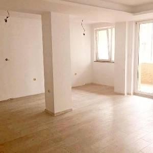 Продава 3-СТАЕН апартамент,…