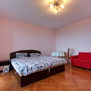 Продава 3-СТАЕН апартамент…