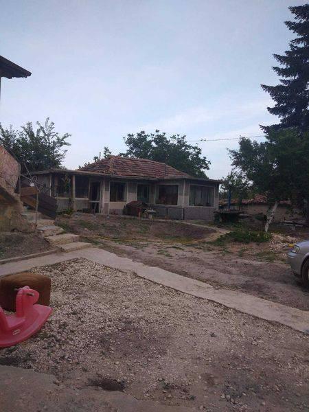 Продава Къща с. Игнатиево…
