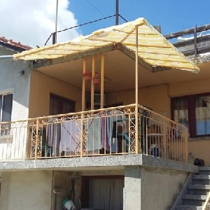 Продава къща м-ст Евксиноград