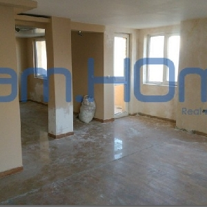 For sale 1 bedroom apartment,…
