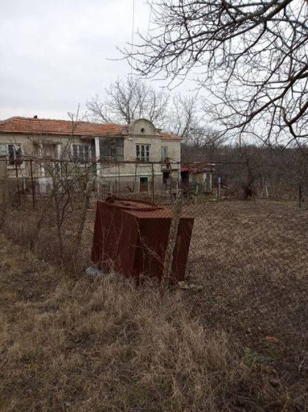 Продава къща село Климентово-Варна