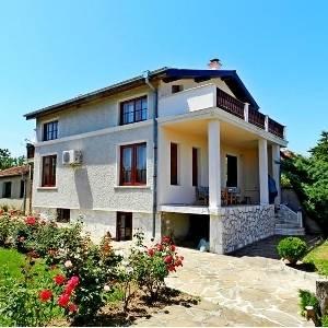Къща, с. Бенковски